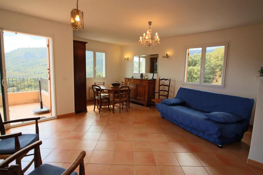 a vendre maison avec piscine proche plages et porto vecchio. Black Bedroom Furniture Sets. Home Design Ideas